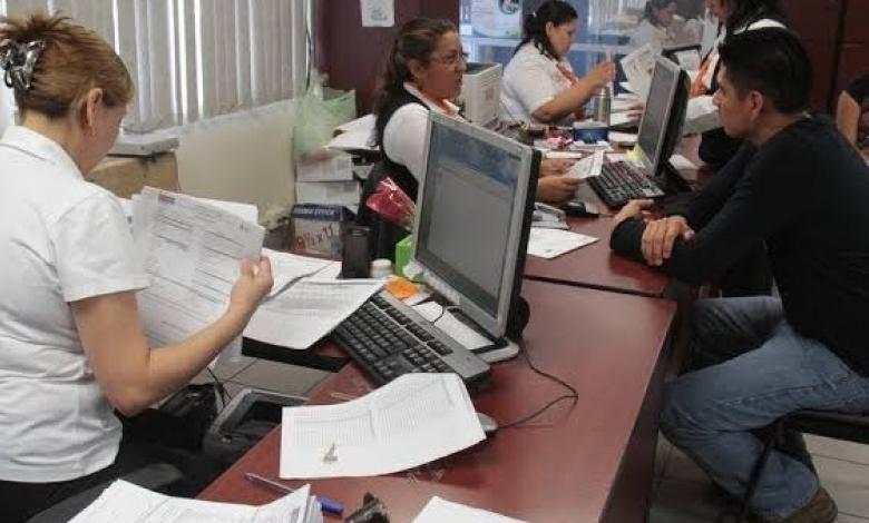 Hasta 30 de julio regresarán burócratas a oficinas - Agenda Propia